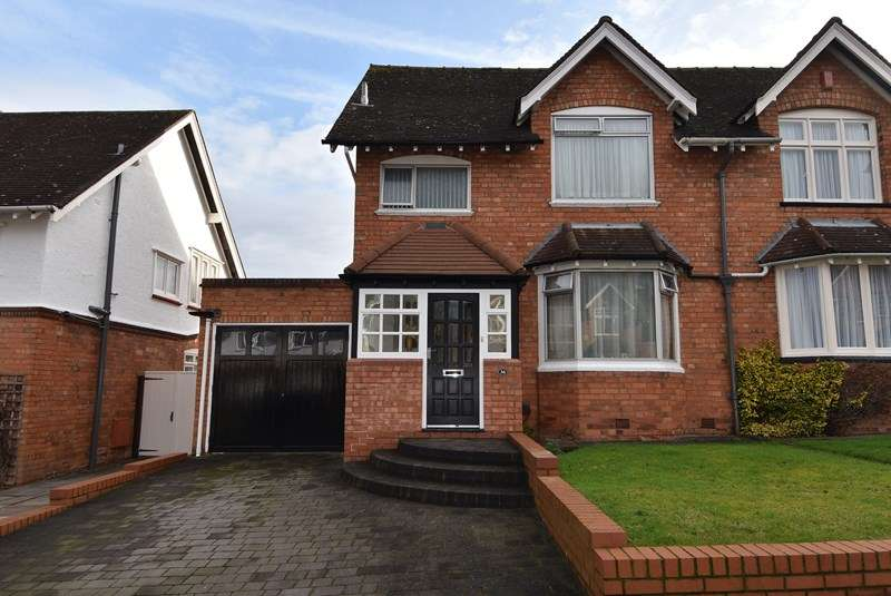 4 Bedrooms Semi Detached House for sale in Beech Road, Bournville, Birmingham