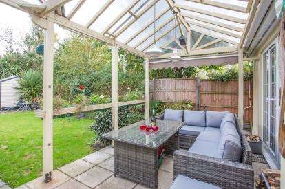 3 Bedrooms Bungalow for sale in Hopton, Great Yarmouth, Norfolk