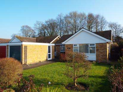 2 Bedrooms Bungalow for sale in Ashill, Thetford