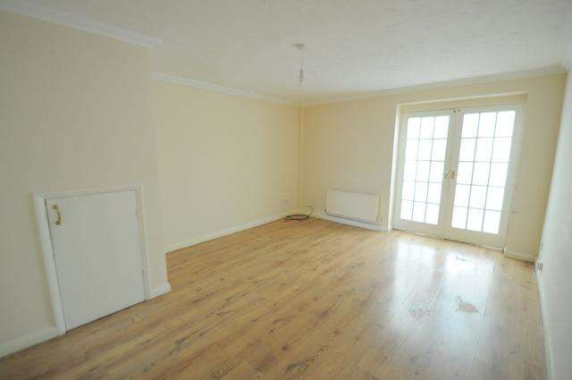 3 Bedrooms Terraced House for sale in Wingfield Road, Hull, HU9 4QG