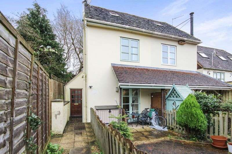 2 Bedrooms Semi Detached House for sale in ST ANN STREET, SALISBURY, SP1