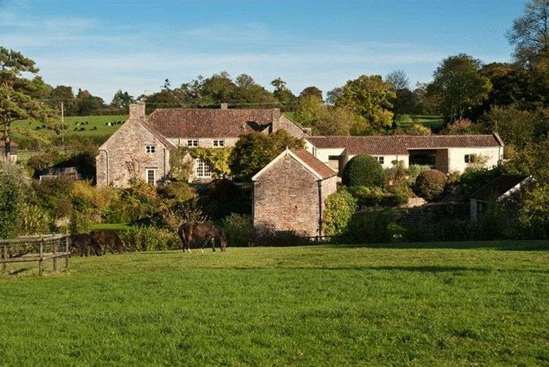 5 Bedrooms Detached House for sale in Litton, Somerset