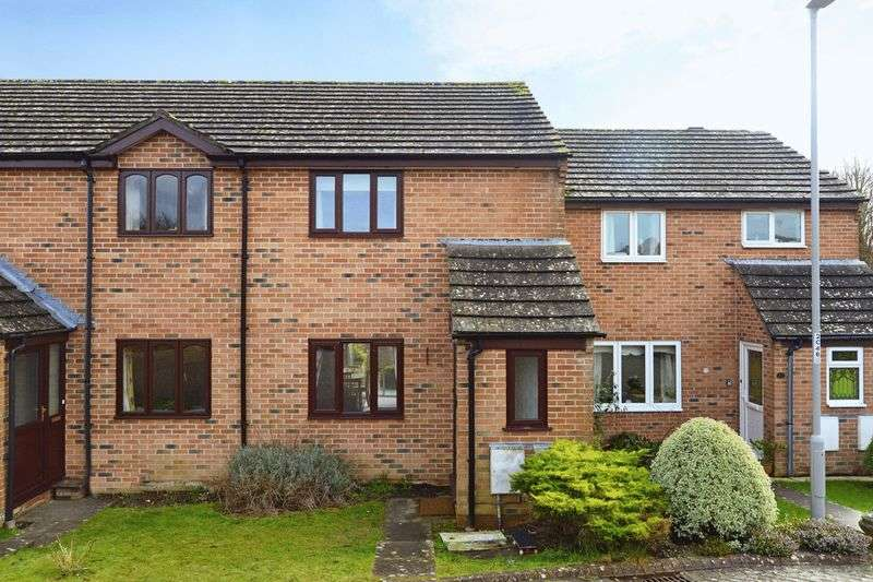 2 Bedrooms Terraced House for sale in Carrick Close, Dorchester, DT1
