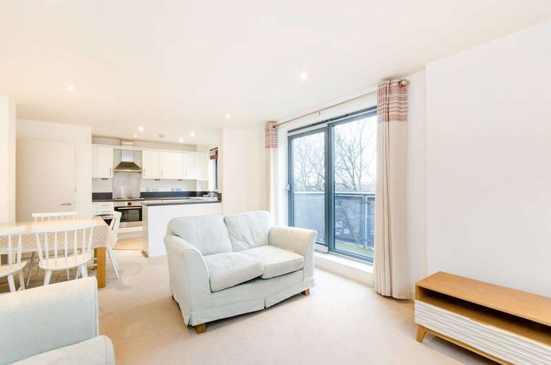 2 Bedrooms Flat for sale in Chapter Way, Colliers Wood, SW19