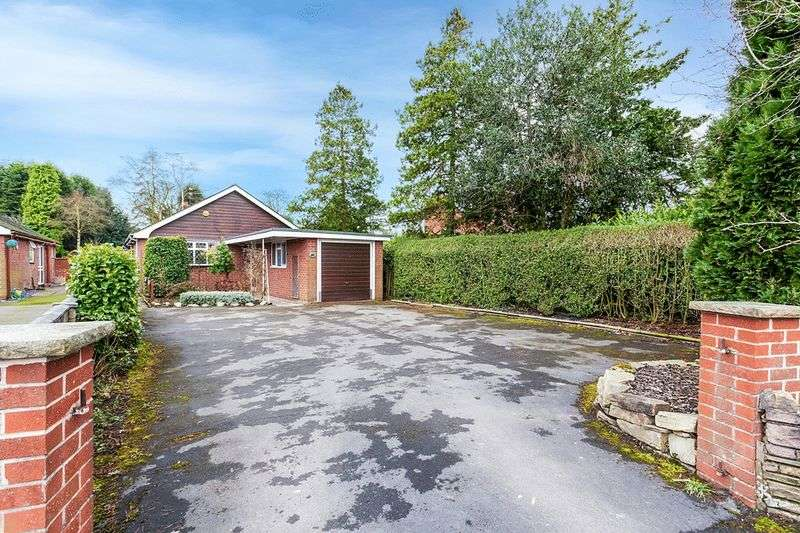 3 Bedrooms Bungalow for sale in Boundary Lane, Congleton