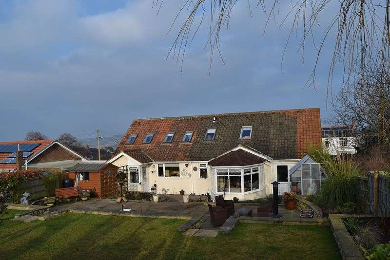 3 Bedrooms Detached Bungalow for sale in Mickley, Stocksfield