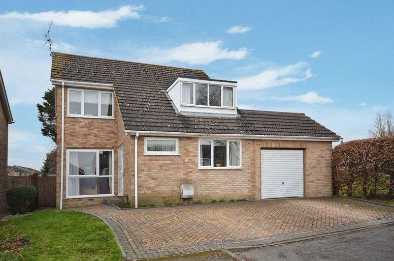 4 Bedrooms Detached House for sale in Thame