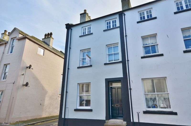 2 Bedrooms Terraced House for sale in Queen Street, Whitehaven