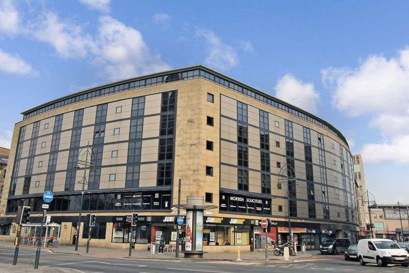2 Bedrooms Flat for sale in 11 Broadway, Bradford, West Yorkshire BD1