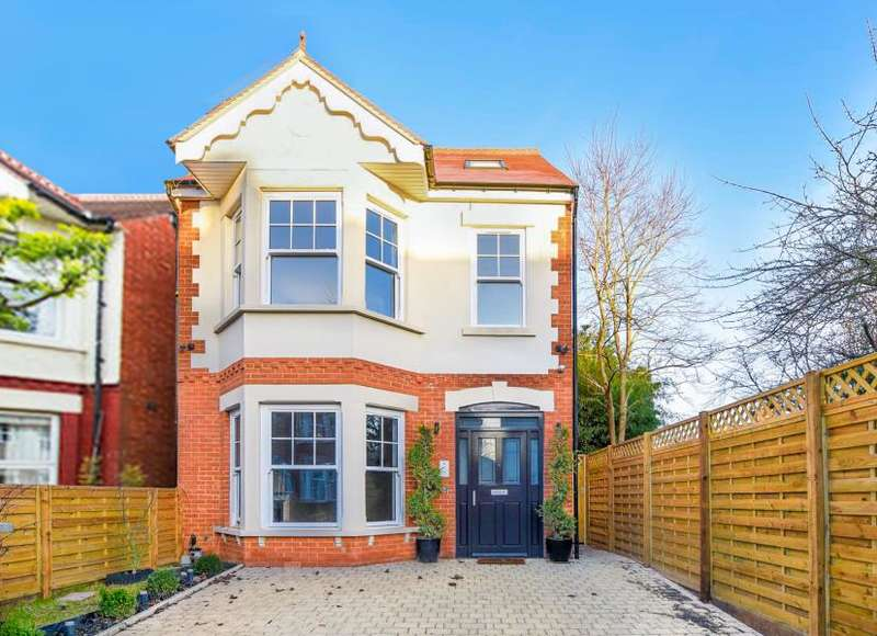 5 Bedrooms Detached House for sale in Malden Hill KT3