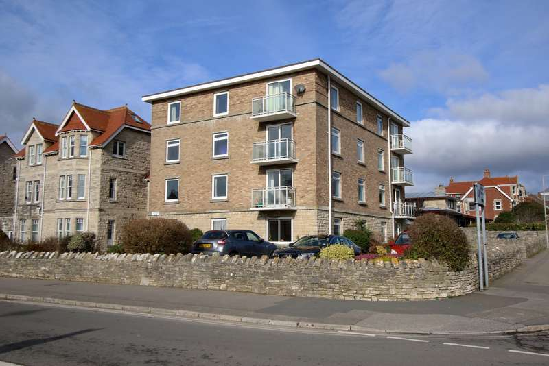 3 Bedrooms Ground Flat for sale in VICTORIA AVENUE, SWANAGE