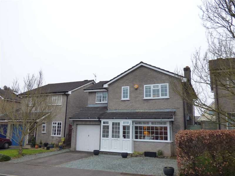 4 Bedrooms Detached House for sale in Piercefield Avenue, Chepstow