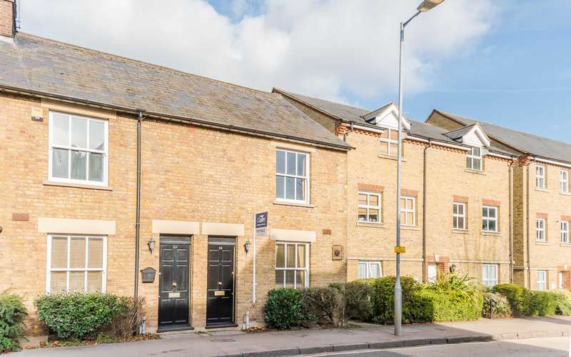 2 Bedrooms End Of Terrace House for sale in High Street, Berkhamsted