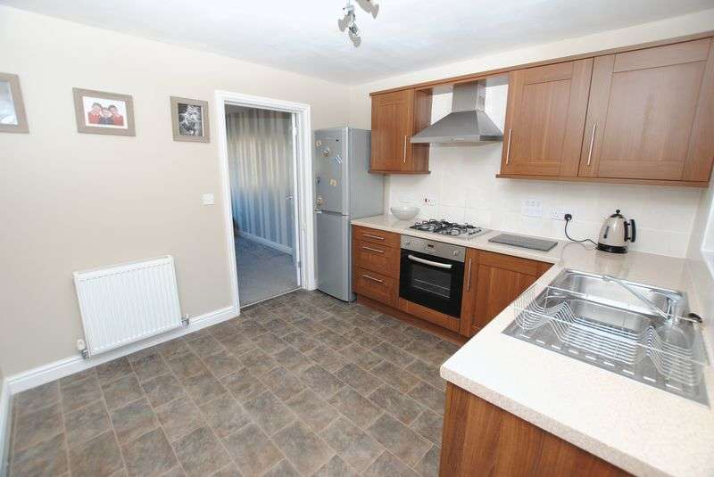 3 Bedrooms Semi Detached House for sale in Dellohay Park, Saltash