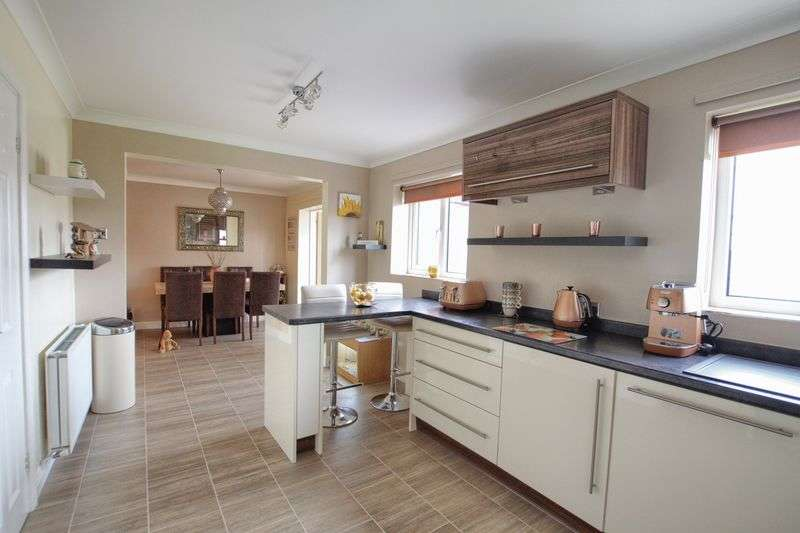 4 Bedrooms Detached House for sale in Stainforth Gardens, Ingleby Barwick