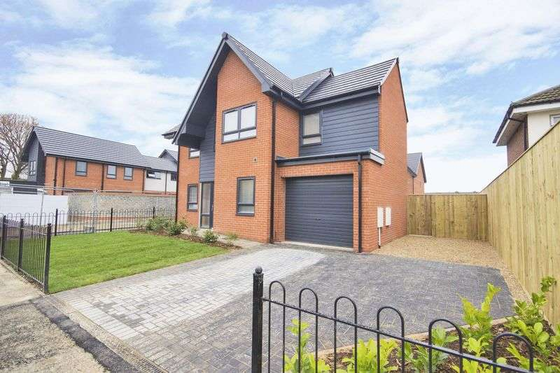 3 Bedrooms Detached House for sale in Beverley Road, Hull