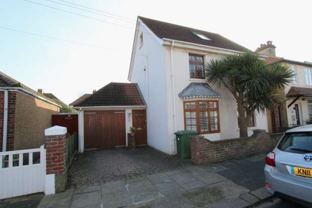 3 Bedrooms Detached House for sale in Erroll Road Hove