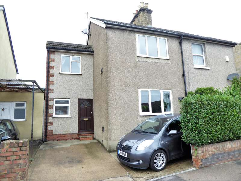 4 Bedrooms Semi Detached House for sale in Northend Road, Erith, Kent, DA8 3QE