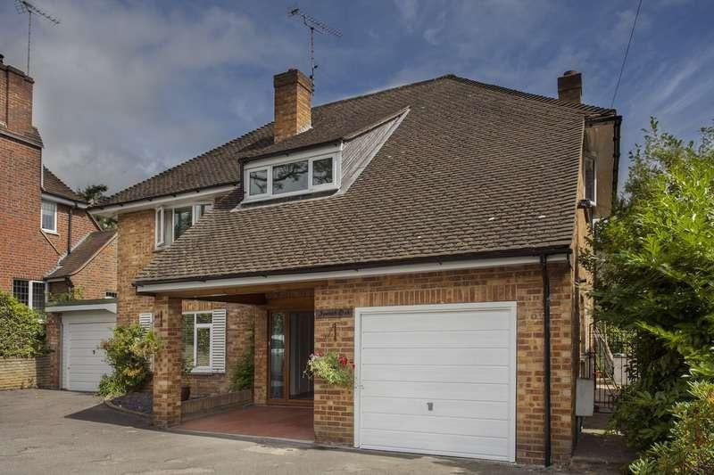 4 Bedrooms Detached House for sale in Brooklands Road, Weybridge, Surrey, KT13