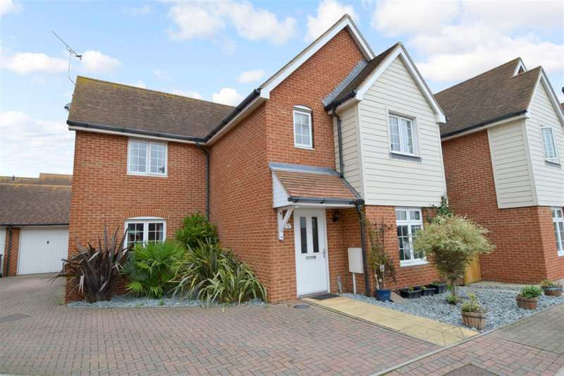 4 Bedrooms Detached House for sale in Wallis Court, Beltinge, Herne Bay