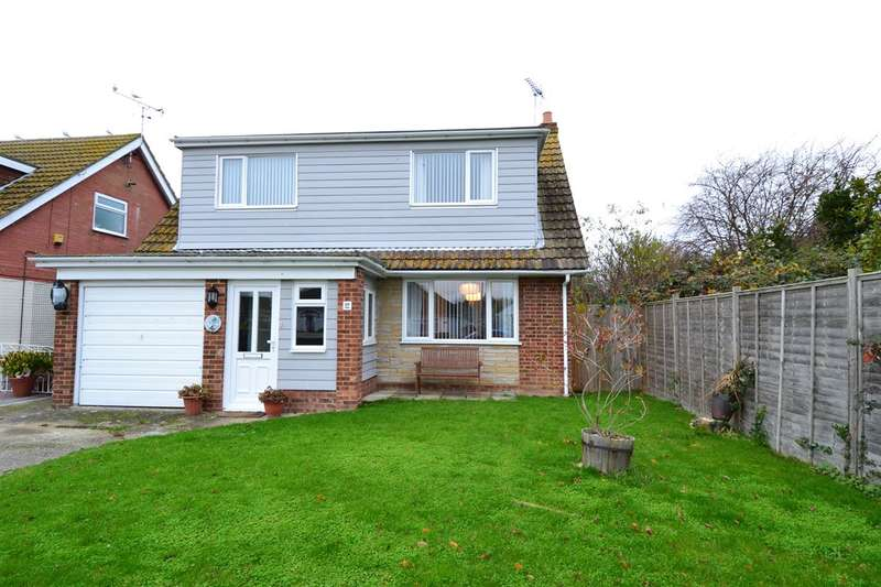 3 Bedrooms Detached House for sale in Russell Drive, Swalecliffe, Whitstable
