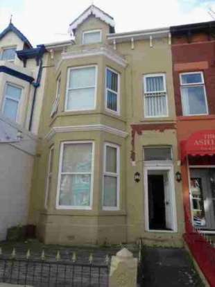 6 Bedrooms Flat for sale in Lord Street Central Blackpool