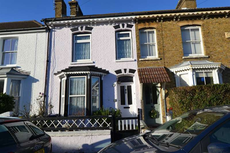 3 Bedrooms Terraced House for sale in Clifton Road, Whitstable