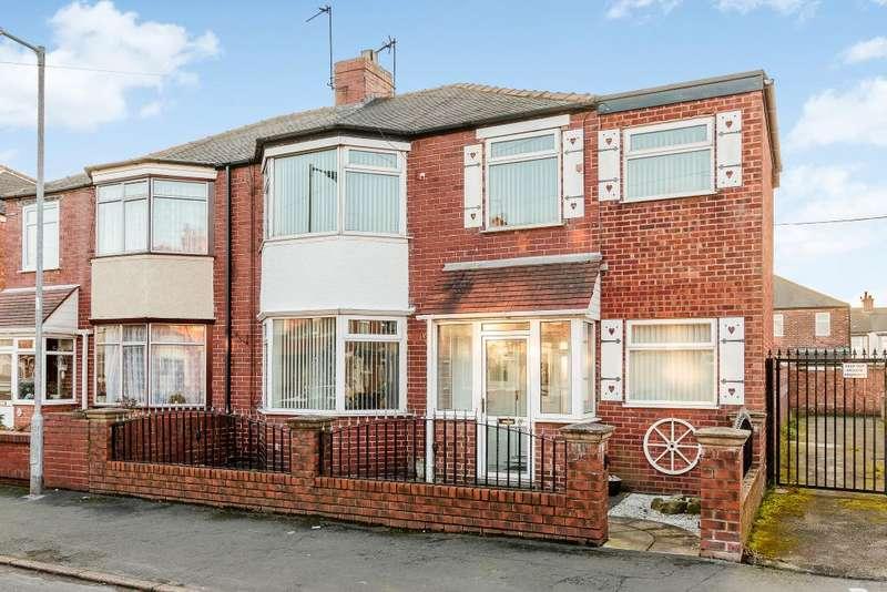 4 Bedrooms Semi Detached House for sale in Kelvin Street, Hull, HU9 3EJ
