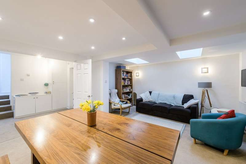 3 Bedrooms Property for sale in Shardeloes Road, London, SE14 6RZ