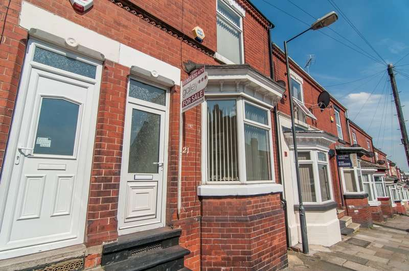 3 Bedrooms Terraced House for sale in Carr View Ave, Balby