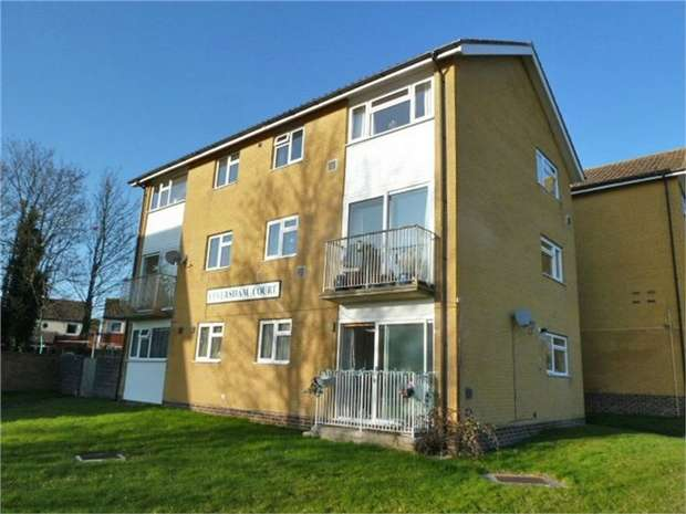 3 Bedrooms Maisonette Flat for sale in Illustrious Crescent, Ilchester, Yeovil, Somerset