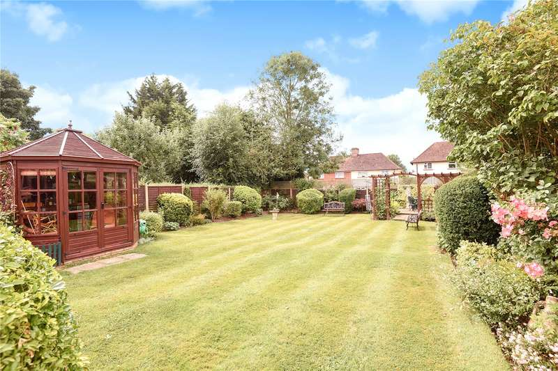 3 Bedrooms Semi Detached House for sale in Berry Lane, Rickmansworth, Hertfordshire, WD3