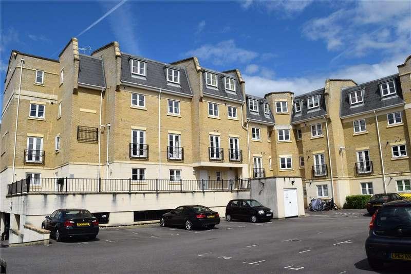 2 Bedrooms Apartment Flat for sale in Regents Riverside, Brigham Road, Reading, Berkshire, RG1