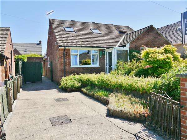 5 Bedrooms Bungalow for sale in Denton Avenue, Grantham