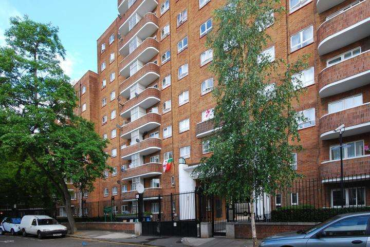 4 Bedrooms Flat for sale in The Chenies, Pancras Road, Kings Cross, NW1