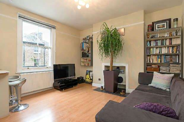 1 Bedroom Flat for sale in Chetwynd Road, Dartmouth Park, NW5