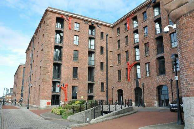 1 Bedroom Apartment Flat for sale in The Colonnades, Albert Dock, Liverpool