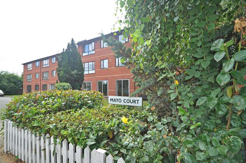 1 Bedroom Retirement Property for sale in Mayo Court, Northcroft Road, Ealing, W13 9TA