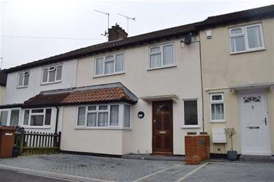 3 Bedrooms Terraced House for sale in The Middle Way, Harrow Weald