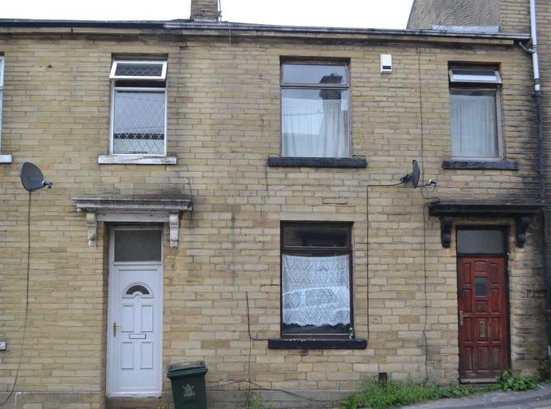 3 Bedrooms Terraced House for sale in Falcon Street, Bradford, BD7 3HJ