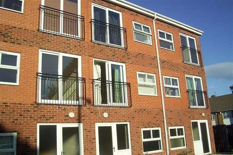 1 Bedroom Flat for sale in Amersall Road, Scawthorpe, Doncaster, DN5 9LN