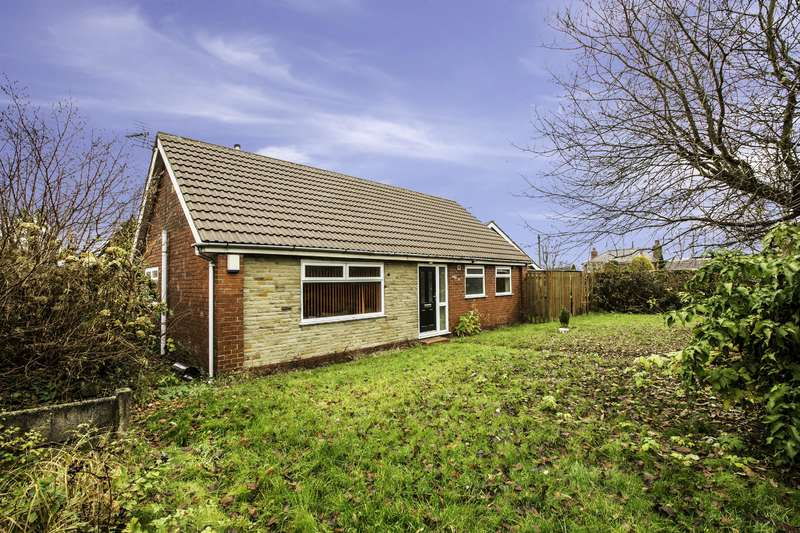 3 Bedrooms Detached Bungalow for sale in Milnrow Road, Hollingworth Lake, OL15 0BN