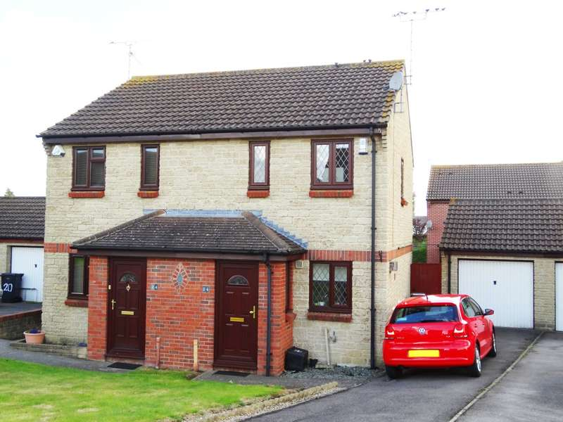 2 Bedrooms Semi Detached House for rent in Woodhenge, Yeovil