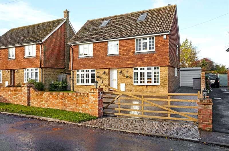 5 Bedrooms Detached House for sale in School Lane, West Kingsdown, Sevenoaks, Kent, TN15