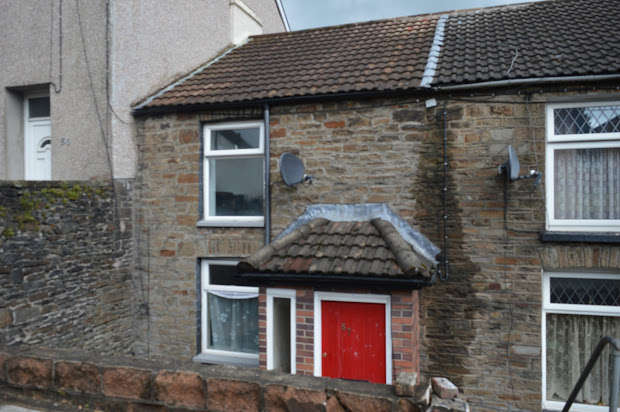 2 Bedrooms Cottage House for sale in Wood Road, Pontypridd, Rhondda Cynon Taff, CF37