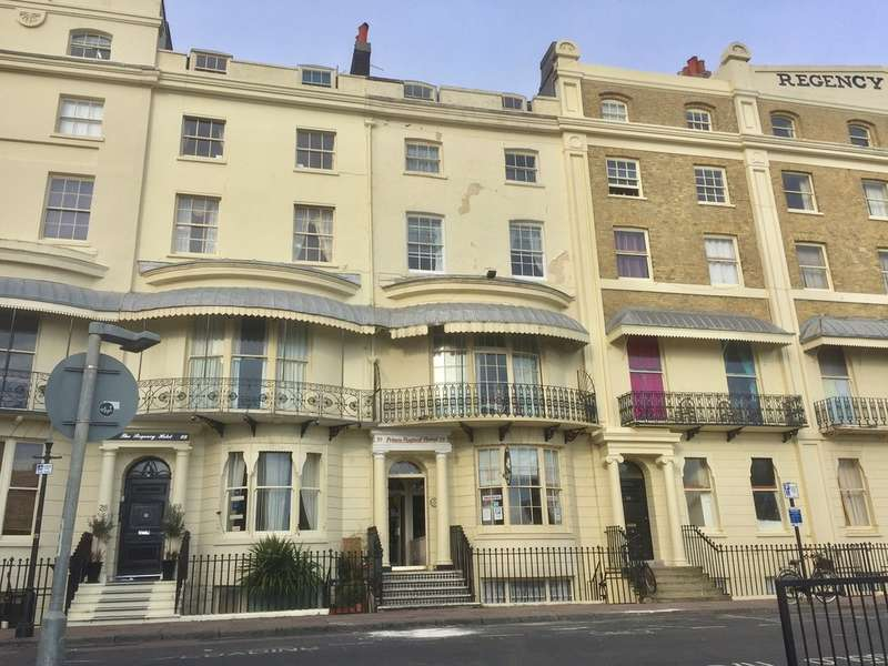 21 Bedrooms Terraced House for sale in Regency Square, Brighton