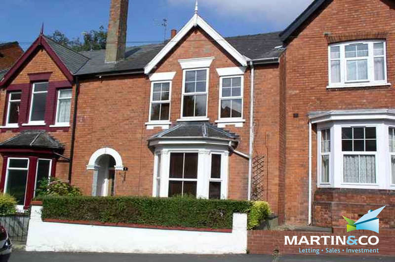 3 Bedrooms Terraced House for sale in Ashlin Grove, Lincoln