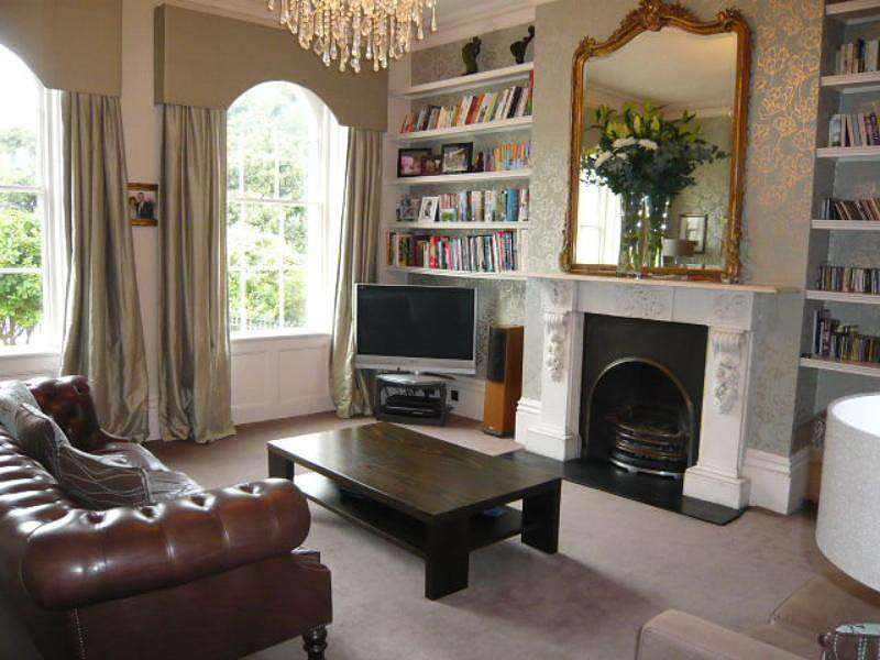 5 Bedrooms Town House for rent in Montpelier Crescent, Brighton
