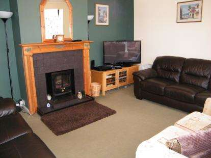 3 Bedrooms Bungalow for sale in Orchard Road, Kingswood, Bristol