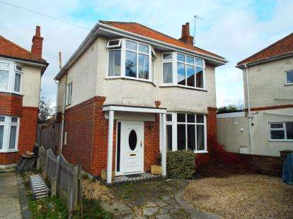 3 Bedrooms Detached House for sale in Hill View, Bournemouth, Dorset